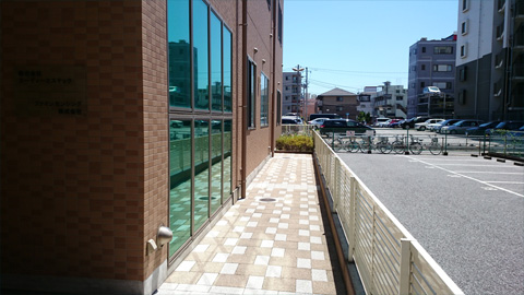 entrance_02